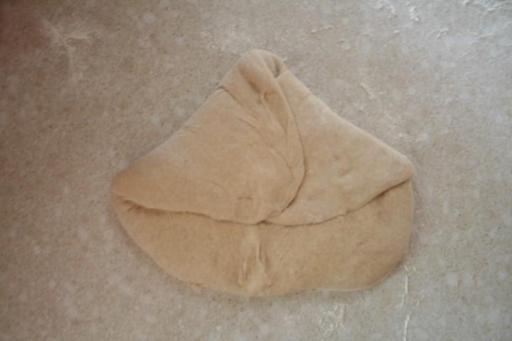 תמונה המדגימה כיצד לעצב ככר לחם