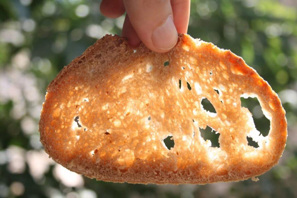 לחם לאחר יומיים במקרר