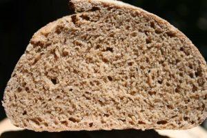 איך נראה לחם הכוסמין לאחר האפייה