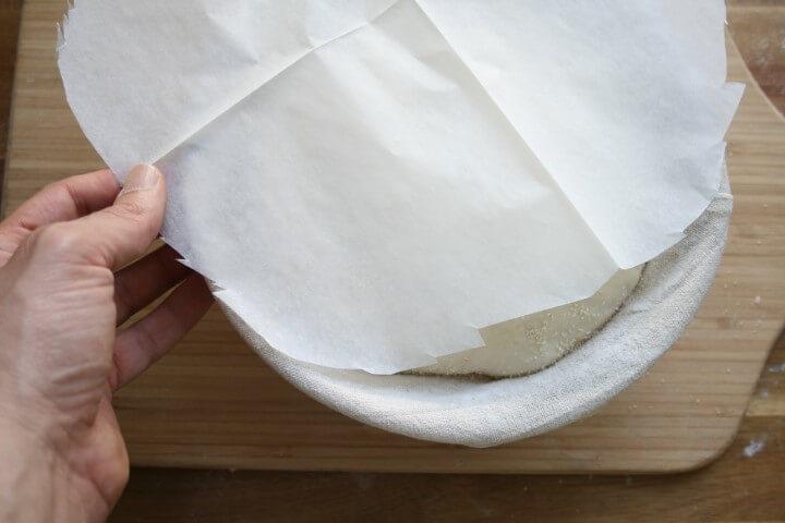 התאמת נייר אפייה לסלסלה