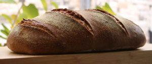 לחם מוכן שיצא מהתנור