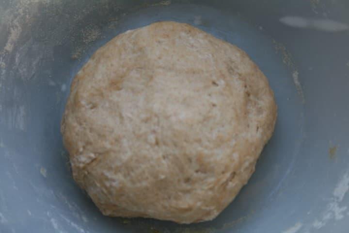 הבצק לאחר ערבוב המצרכים